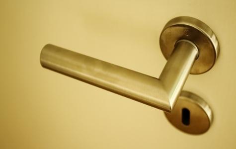 door-knob-2180013_1920